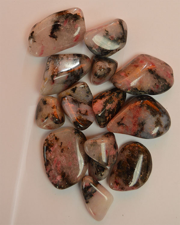 Rhodonite 250g. Bag