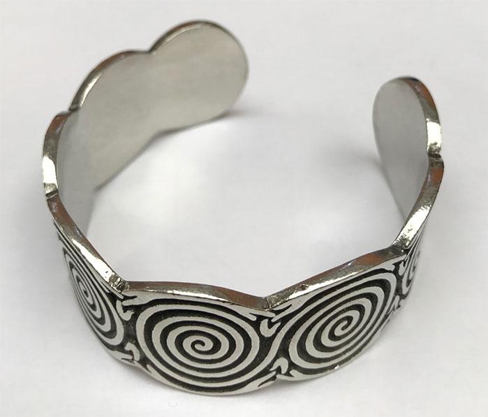 Pewter Bangle Celtic Spiral