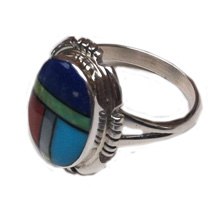Multi-stone oval ring
